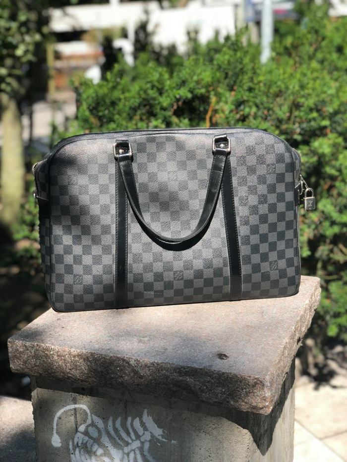 louis vuitton manbag